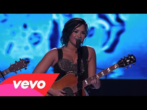 Demi Lovato - Don't Forget + Catch Me (Live Vevo Certified SuperFanFest 2014)