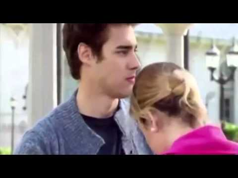 Violetta 3 Leon discovers that Roxy is Violetta Ep.41 English Subtitles