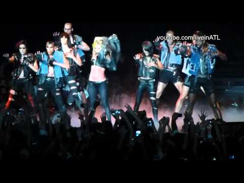 Lady Gaga - Poker Face (Falls on stage) - Atlanta Gwinnett Arena 2011